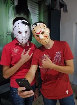 Хоккейные маски Джейсона Вурхиза: белая и классическая